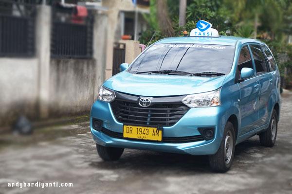 lombok taksi 7 seater